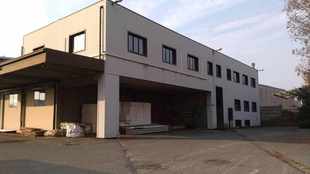 Capannone in affitto a Collegno, 6 locali, prezzo € 2.500 | PortaleAgenzieImmobiliari.it