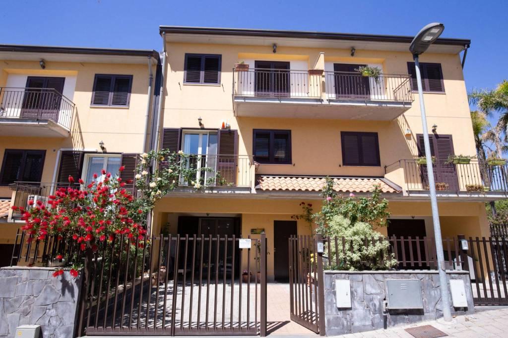 Villetta in Vendita a Mascalucia Centro:  5 locali, 170 mq  - Foto 1