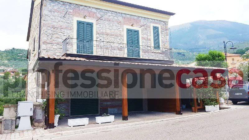 Negozio / Locale in affitto a Piedimonte San Germano, 1 locali, prezzo € 400 | CambioCasa.it