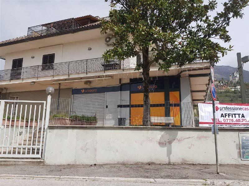 Negozio / Locale in affitto a Piedimonte San Germano, 1 locali, prezzo € 1.400 | CambioCasa.it