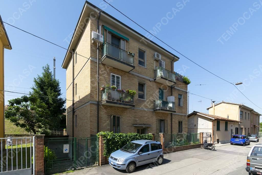 Foto 1 di Bilocale via della Salita, Bologna (zona San Vitale - Massarenti)
