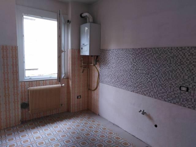 Appartamento in ottime condizioni in affitto Rif. 6948723