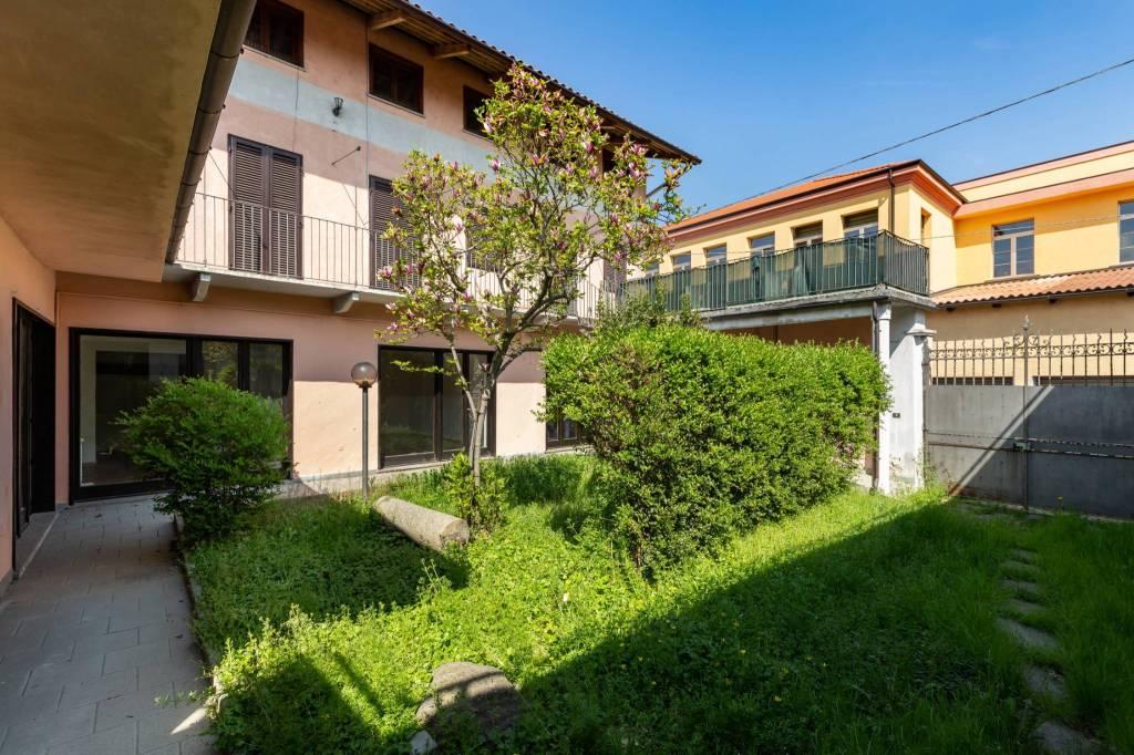 Foto 1 di Villa via Montebello, Verolengo