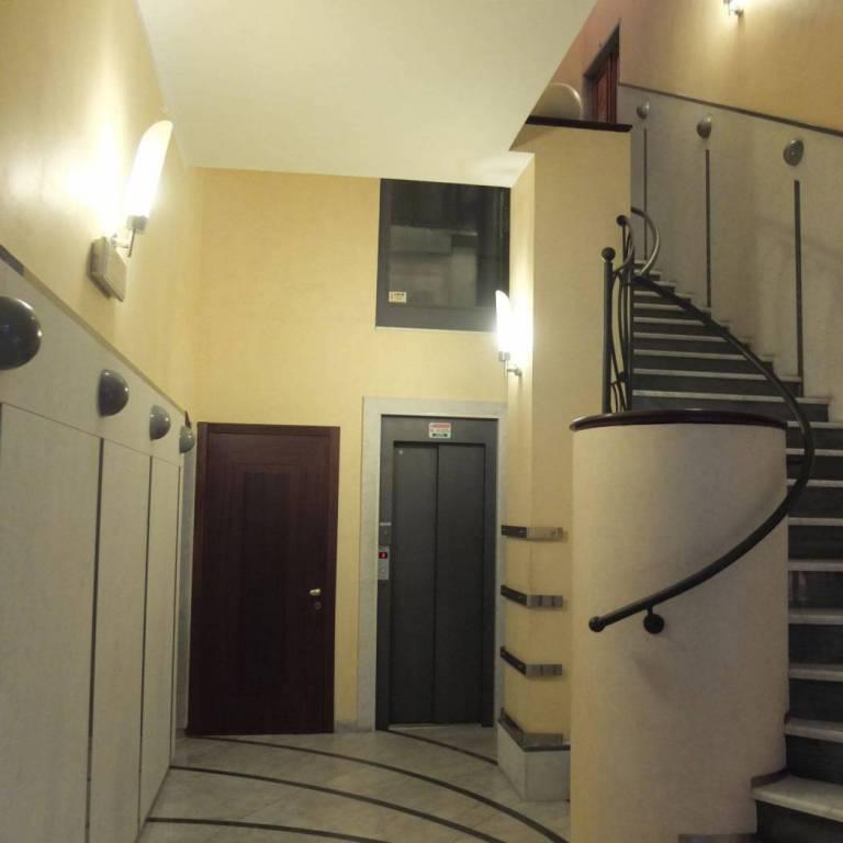 Appartamento in vendita a La Spezia, 9 locali, prezzo € 350.000 | PortaleAgenzieImmobiliari.it
