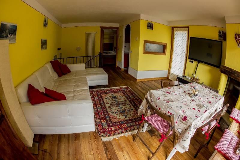 Appartamento in vendita a La Salle, 3 locali, prezzo € 295.000 | CambioCasa.it