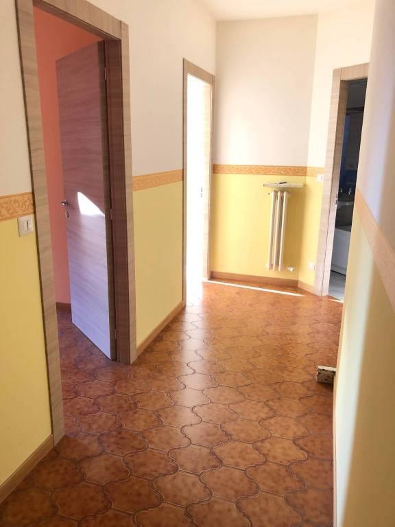 Appartamento in affitto a Carrù, 3 locali, prezzo € 350 | PortaleAgenzieImmobiliari.it
