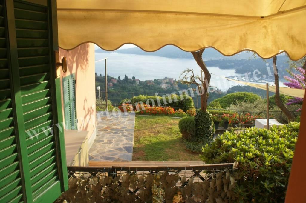 Foto 1 di Villa via Cornice Sant'Ambrogio, Zoagli