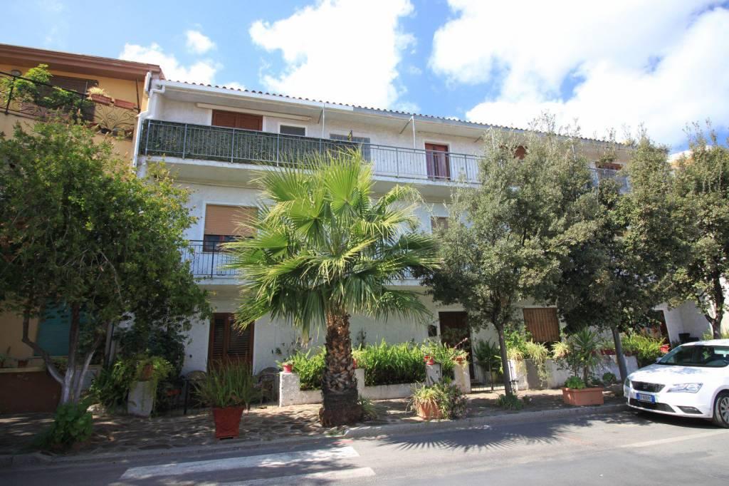 Appartamento in vendita a Posada, 7 locali, prezzo € 149.000 | PortaleAgenzieImmobiliari.it