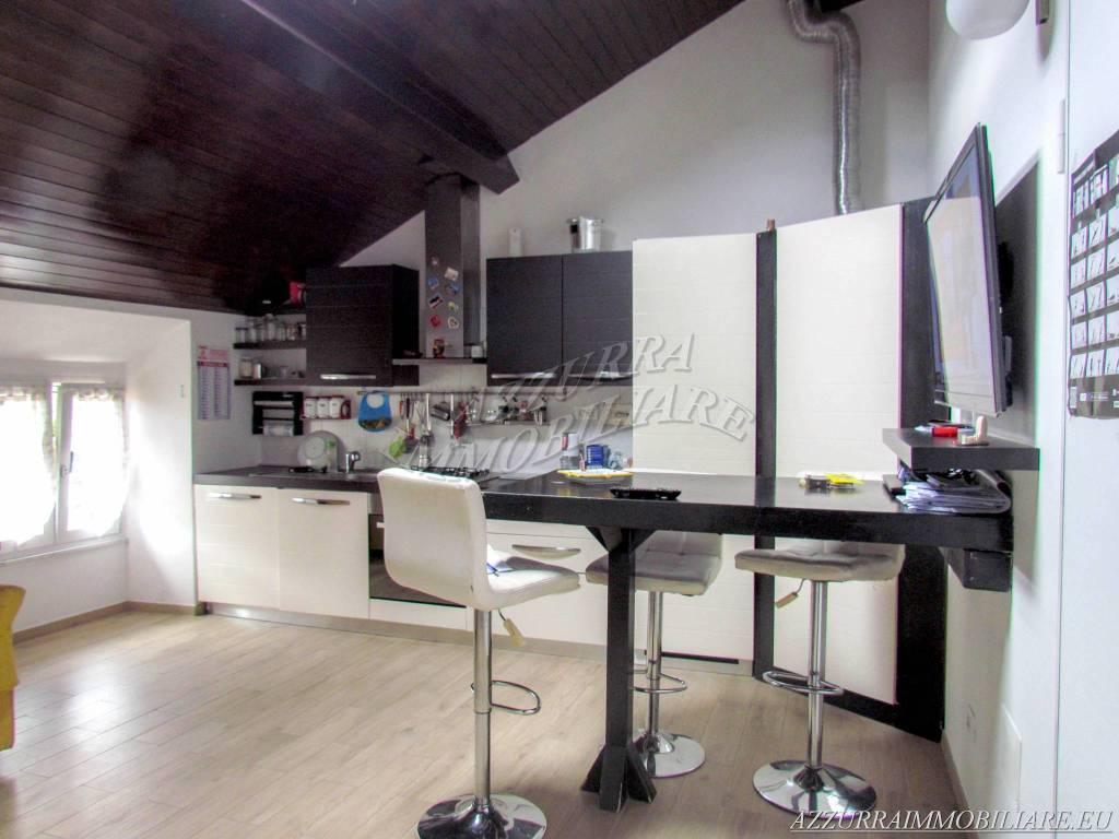 Appartamento in vendita via Spotorno Albisola Superiore