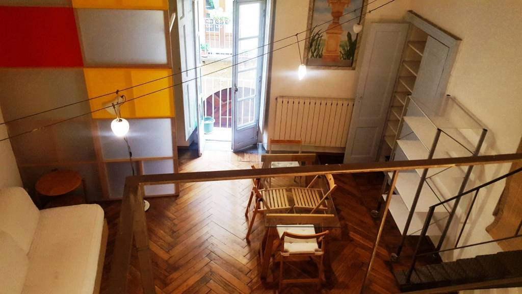 Foto 1 di Loft / Open space via Mercanti 6, Torino (zona Centro)
