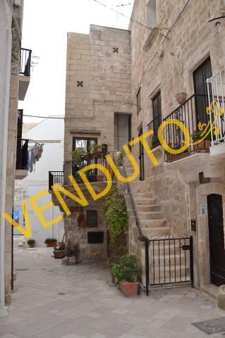 Casa Indipendente in buone condizioni arredato in vendita Rif. 6206337