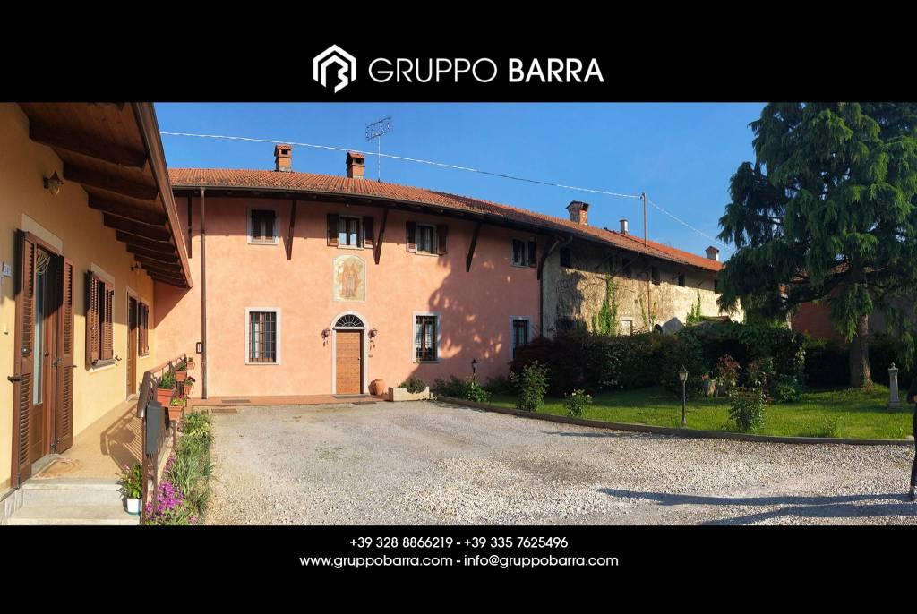 Foto 1 di Villa via Torre Frati 34, Cuneo