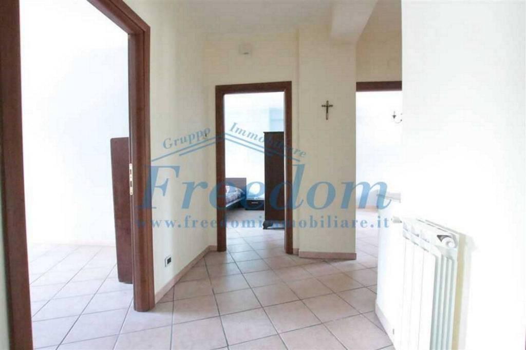Appartamento in Vendita a Catania Centro: 4 locali, 120 mq