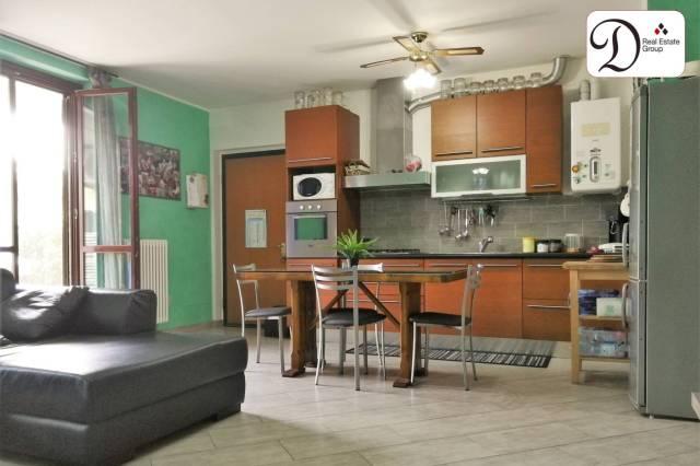 Appartamento in ottime condizioni parzialmente arredato in vendita Rif. 7120142