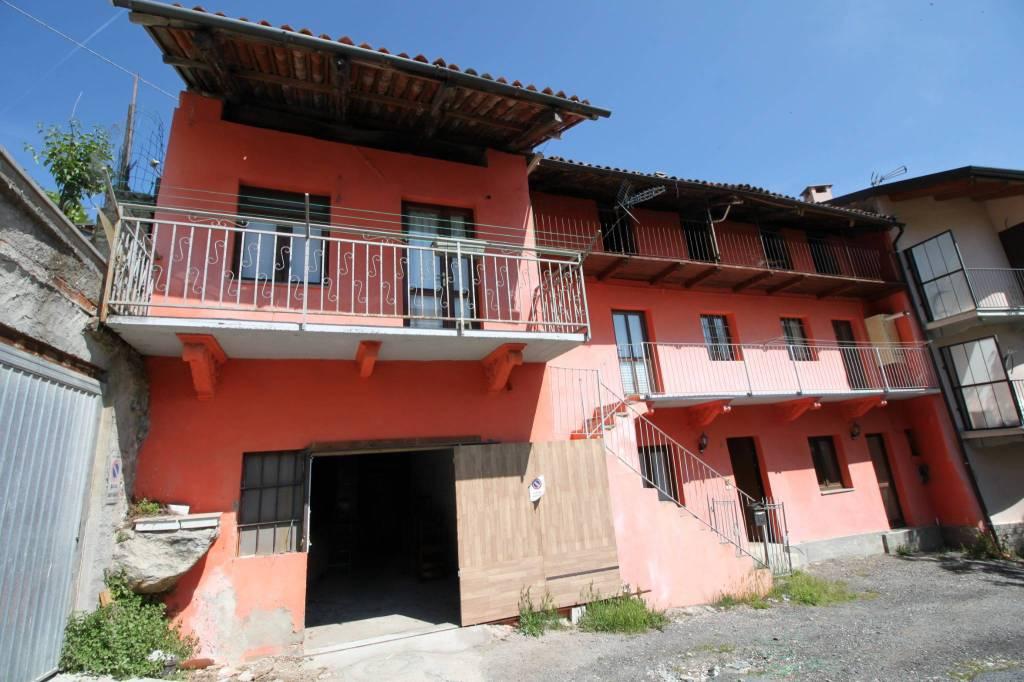 Foto 1 di Villa via Pirchiriano 2, frazione San Pietro, Sant'ambrogio Di Torino