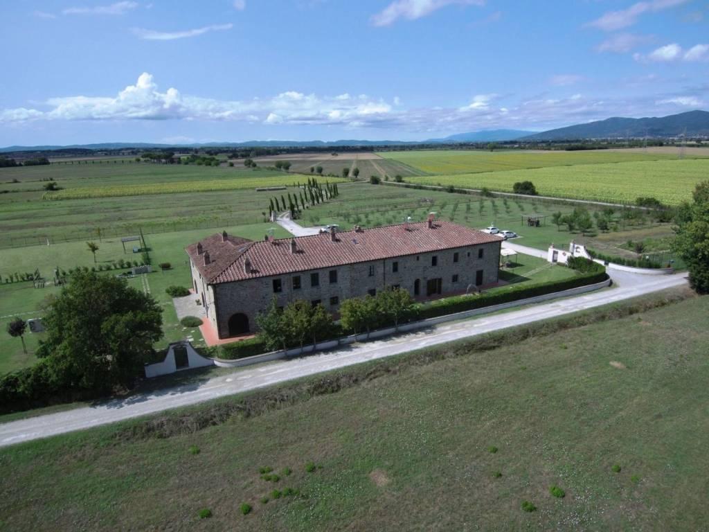 Appartamento in affitto a Cortona, 3 locali, prezzo € 450 | CambioCasa.it