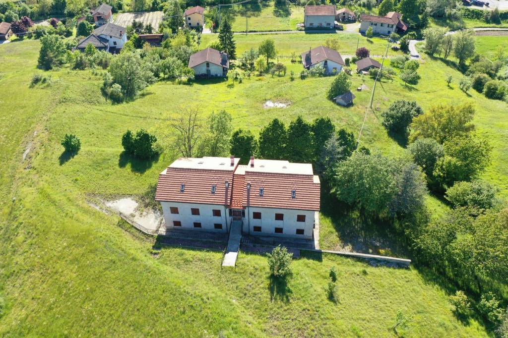 Foto 1 di Villa via Carpenaro, frazione Carpenaro, Mioglia