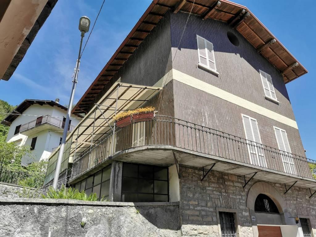 Villa in vendita a Casasco d'Intelvi, 4 locali, prezzo € 175.000 | PortaleAgenzieImmobiliari.it