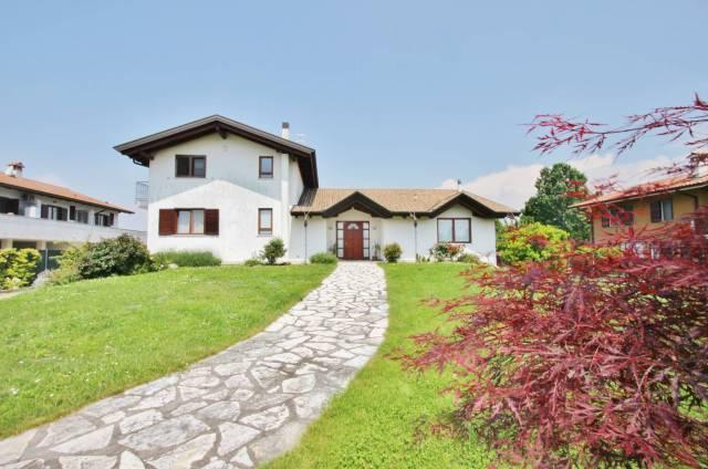 Villa in ottime condizioni parzialmente arredato in vendita Rif. 4950267