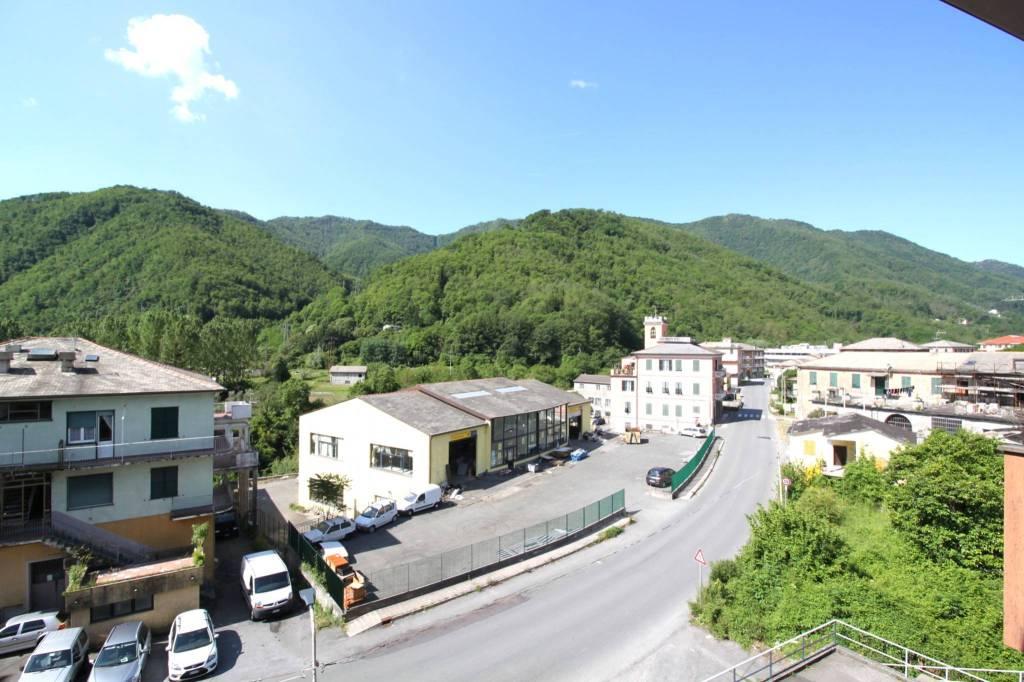 Foto 1 di Trilocale via Statale Monleone, Cicagna