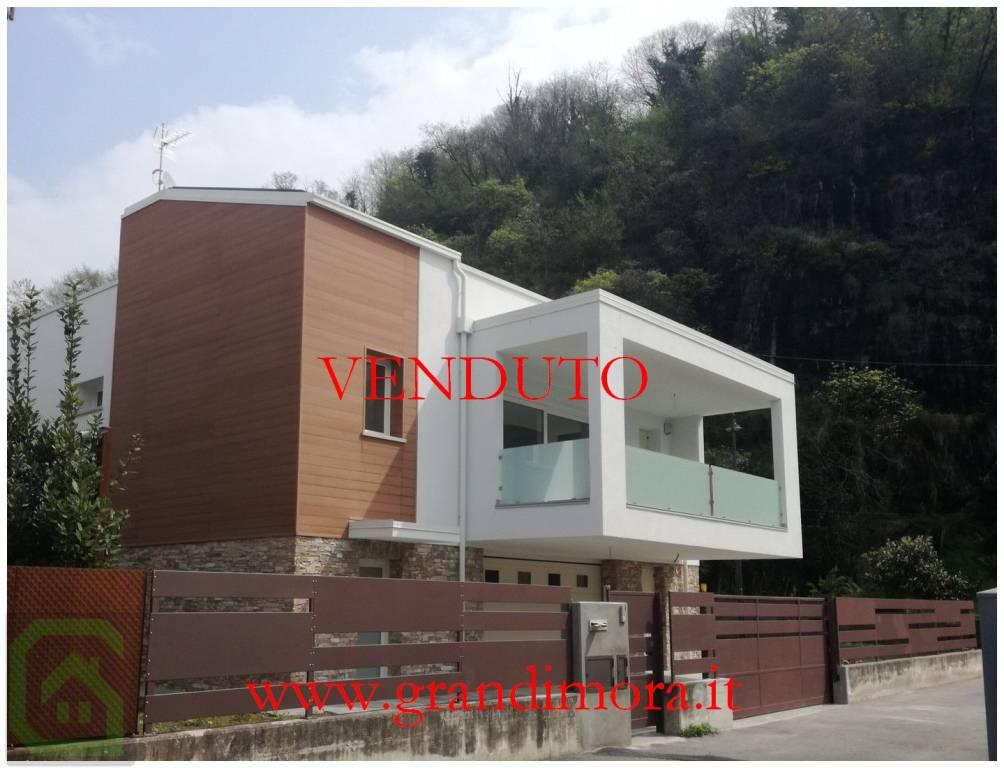 Villa in vendita a Pian Camuno, 3 locali, prezzo € 399.000 | PortaleAgenzieImmobiliari.it