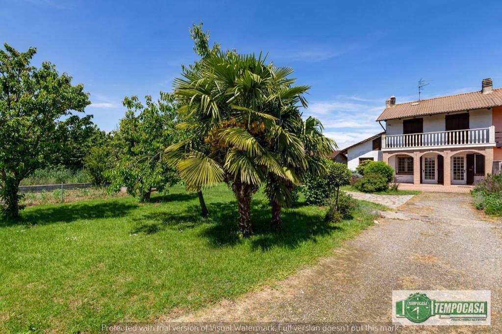 Foto 1 di Villa via Nicolello, Saluggia