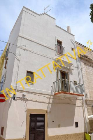 Casa Indipendente in buone condizioni in vendita Rif. 6725397