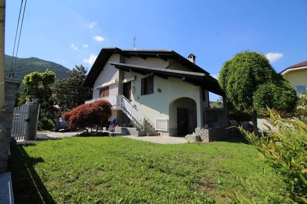 Foto 1 di Villa via Val della Torre 44, Caselette