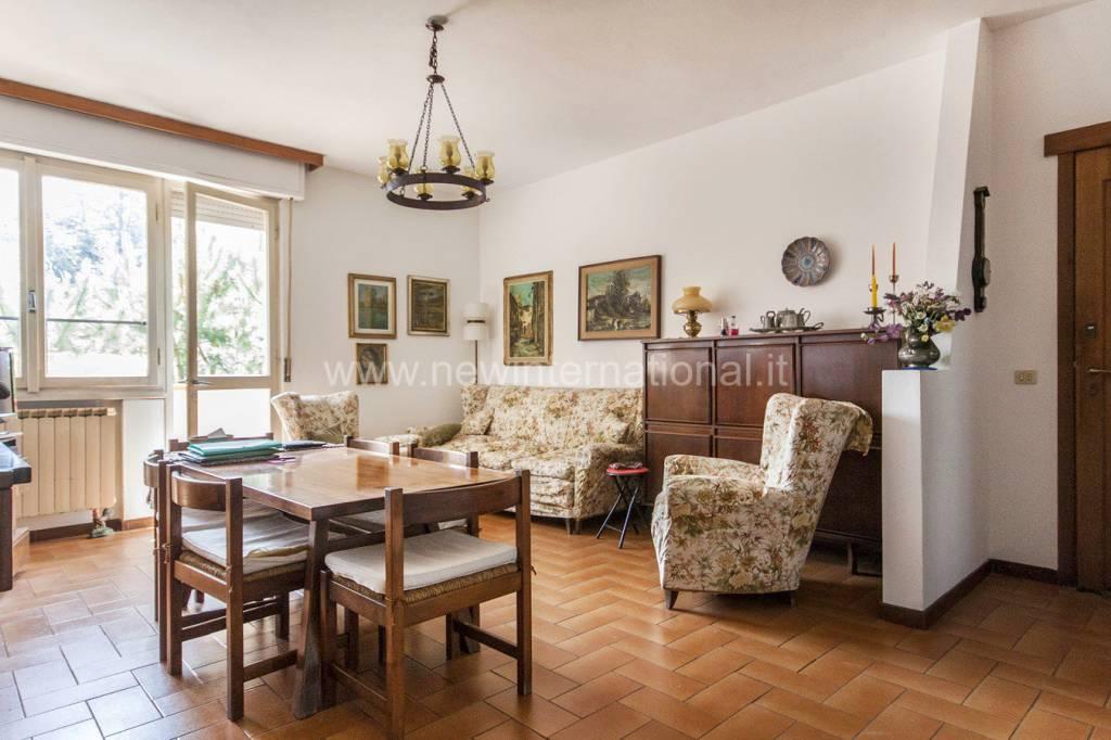 Foto 1 di Appartamento via Trieste, Forte Dei Marmi