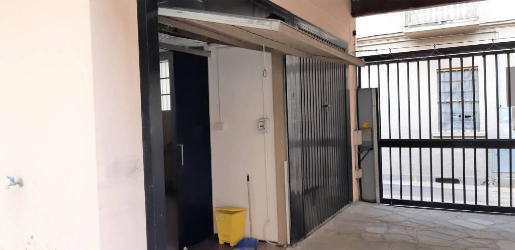 Foto 1 di Box / Garage via Monginevro, Torino (zona Cenisia, San Paolo)