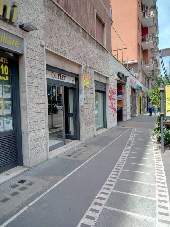 Negozio locale roma affitto zona 12 cinecitt for Affitto roma locale