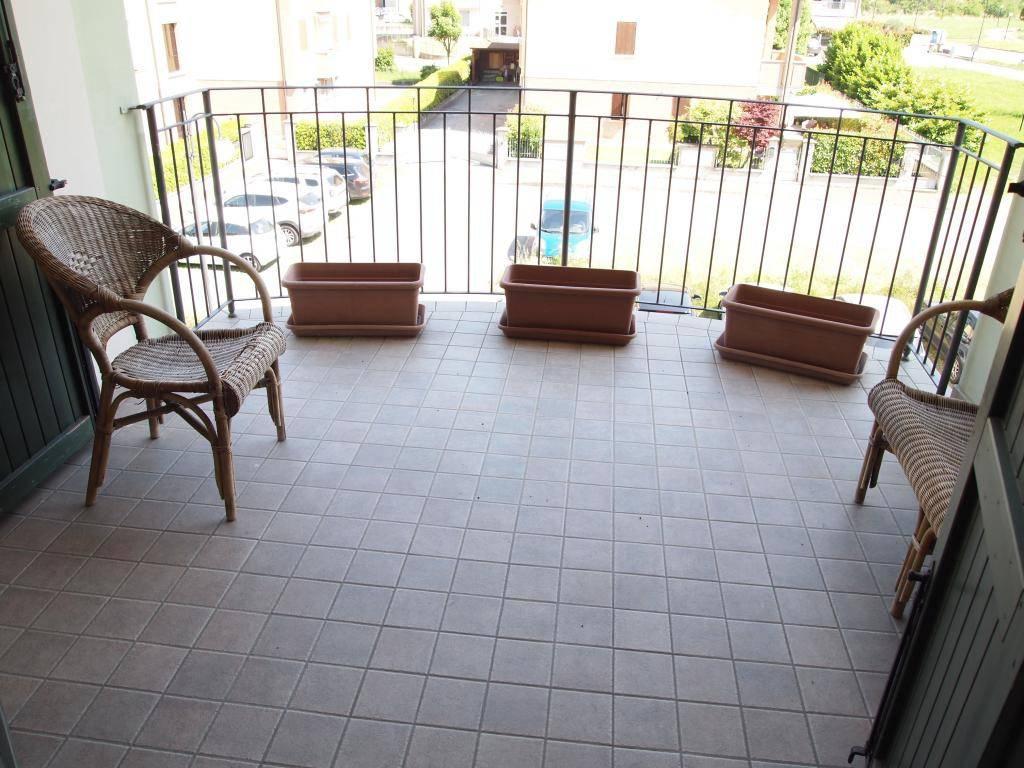 Barco : Appartamento con 3 camere di 90 mq.