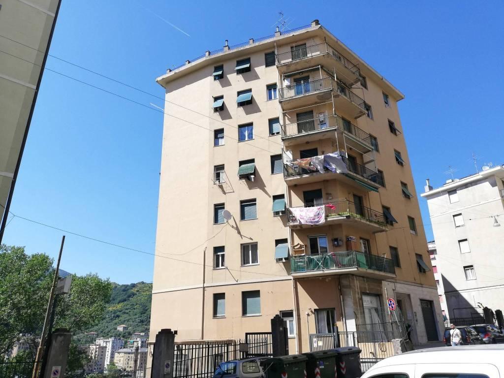 Foto 1 di Trilocale via Terpi 18A, Genova (zona Valbisagno (Prato-Molassana-Struppa-S.Gottardo-S.Eusebio))