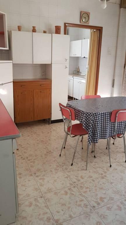 Foto 1 di Trilocale viale Ofanto, Foggia