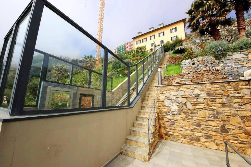 Foto 1 di Attico / Mansarda via Romana di Voltri 8, Genova (zona Prà)
