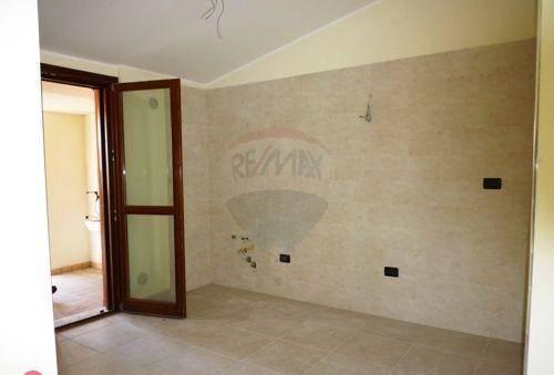 Appartamento in vendita a Pescara, 4 locali, prezzo € 151.000 | PortaleAgenzieImmobiliari.it
