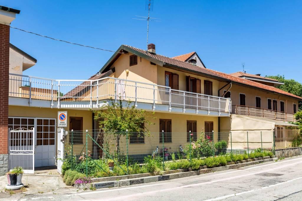 Foto 1 di Villa via Rubens Fattorelli 43, Torino (zona Barriera Milano, Falchera, Barca-Bertolla)