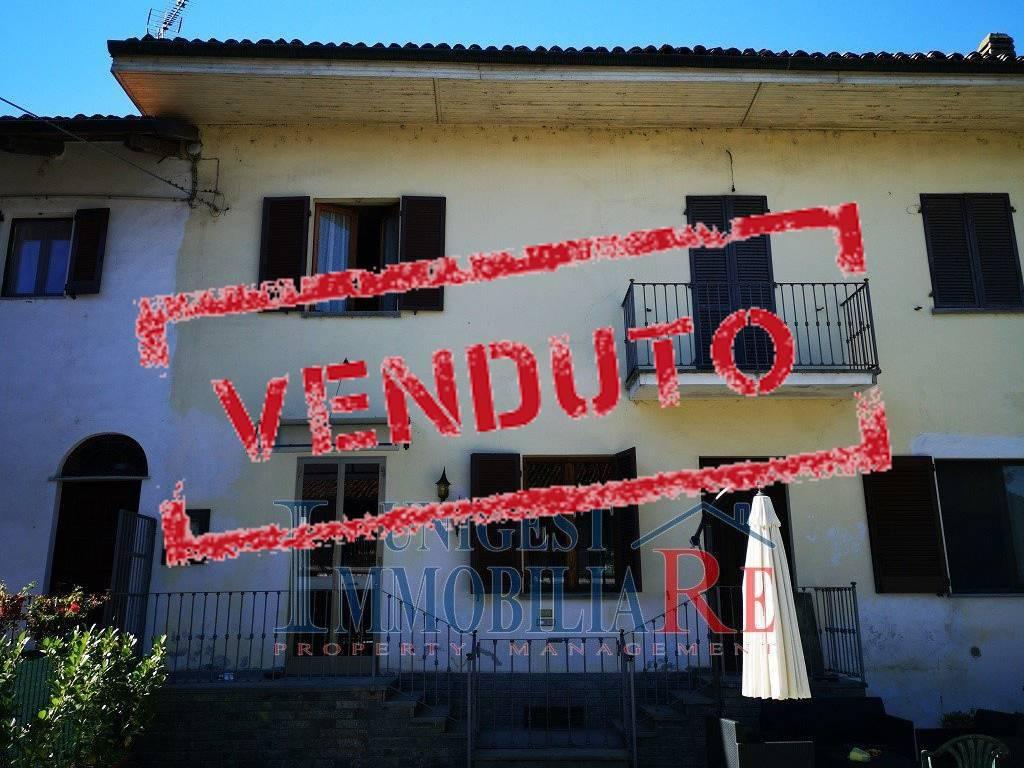 Foto 1 di Casa indipendente via Villafranca Piemonte, Faule