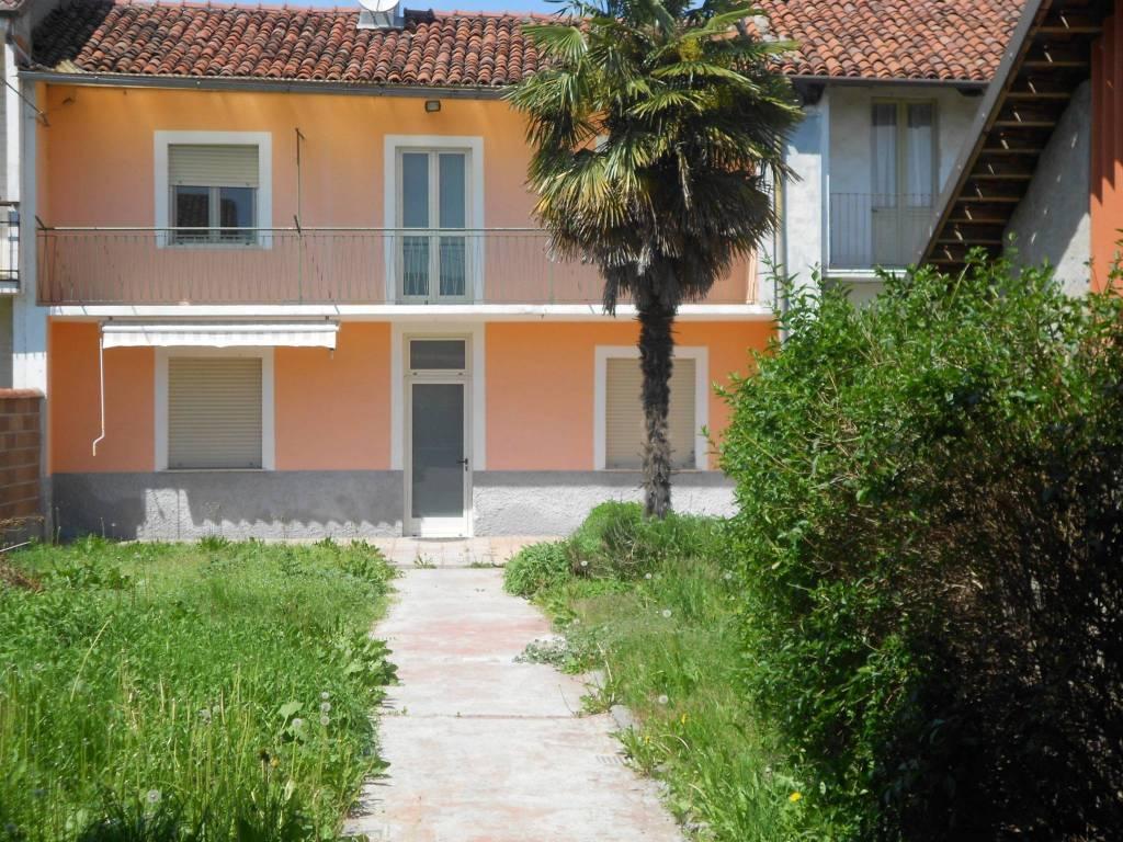 Foto 1 di Rustico / Casale via Buriasco, Macello