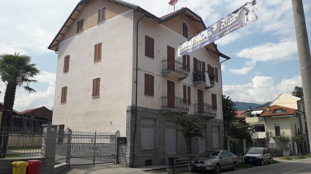 Foto 1 di Trilocale viale Giuseppe Copperi, Balangero