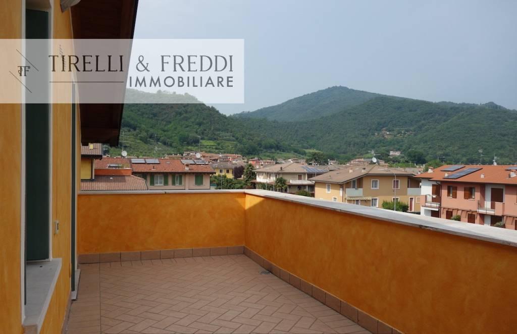 Attico / Mansarda in vendita a Rodengo-Saiano, 3 locali, prezzo € 170.000 | CambioCasa.it