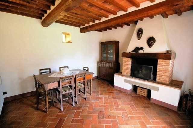Villa in Affitto a Lucignano Centro: 5 locali, 185 mq