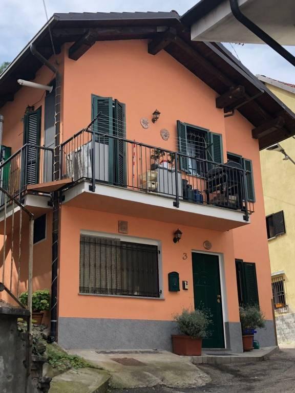 Foto 1 di Casa indipendente vicolo Riva 3, Chiusa Di San Michele