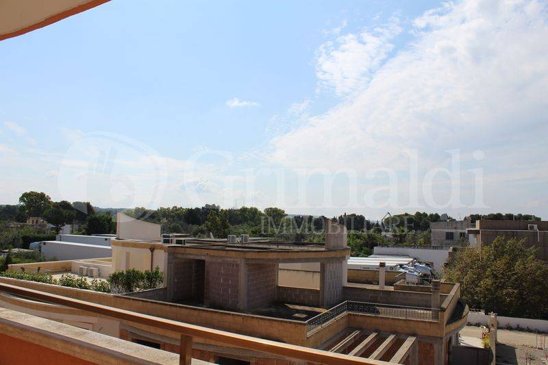 Appartamento in Vendita a Tuglie Centro: 4 locali, 127 mq