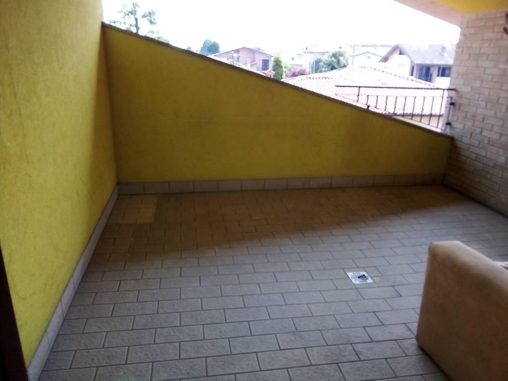 Appartamento in vendita a Cologno al Serio, 3 locali, prezzo € 135.000   PortaleAgenzieImmobiliari.it