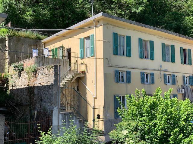 Foto 1 di Appartamento via Fossato di Cicala 8, Genova (zona Valbisagno (Prato-Molassana-Struppa-S.Gottardo-S.Eusebio))