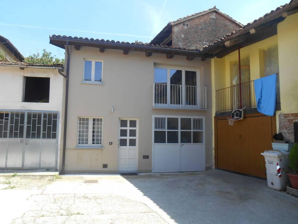 Appartamento in vendita a Guarene, 2 locali, prezzo € 110.000 | CambioCasa.it
