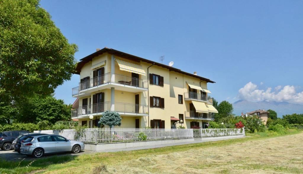 Foto 1 di Quadrilocale via Oglianico, Rivarolo Canavese