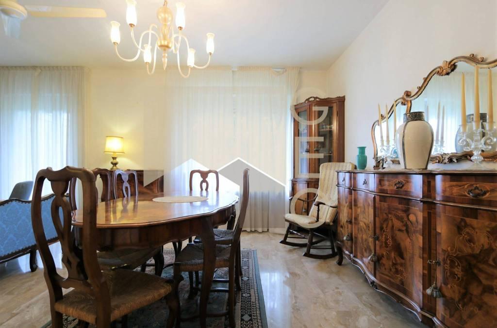 Foto 1 di Appartamento via Pradamano, Udine