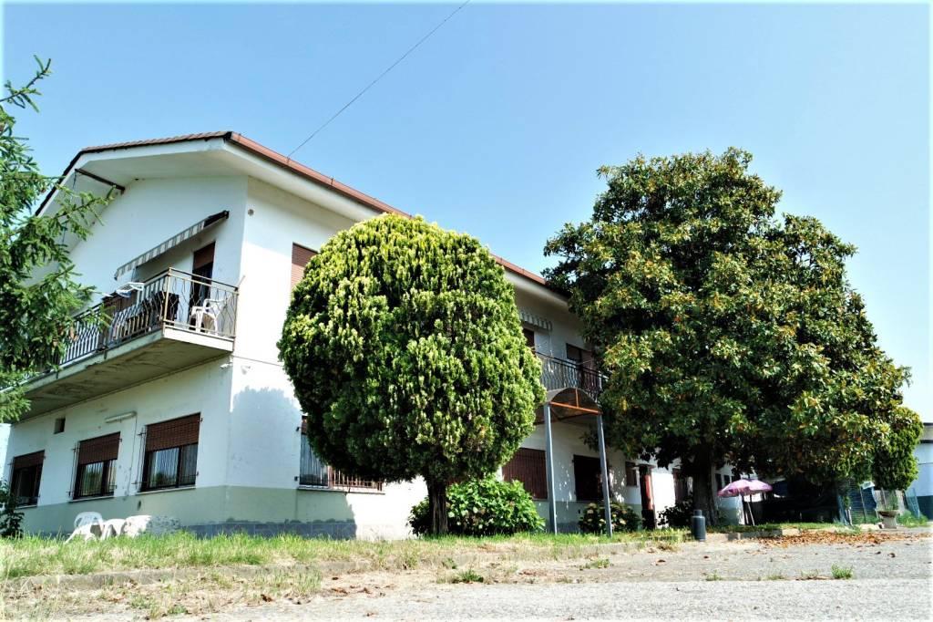 Foto 1 di Casa indipendente San Giorgio Canavese